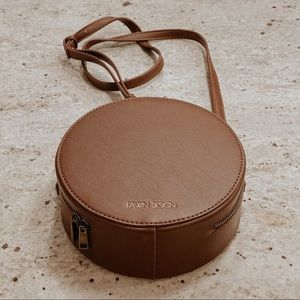 Fawn Design: The Circle Bag (Walnut)